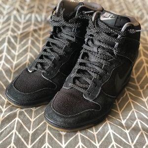 Nike Dunk Sky High Essential 'Black Gum'